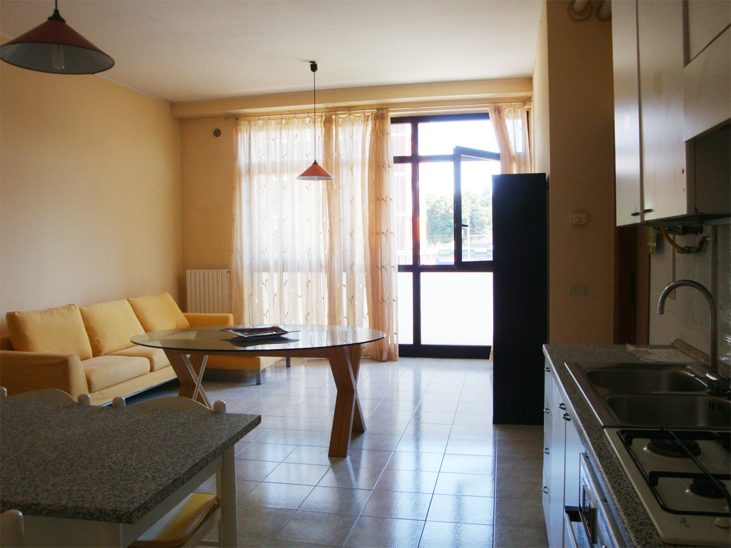 ufficio-studio-vendita-carnate-soggiorno-2