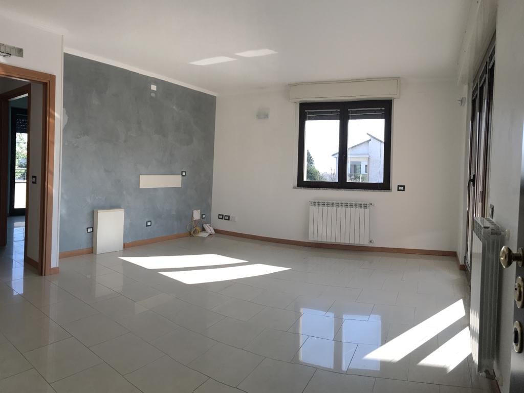 ufficio-affitto-bernareggio-01