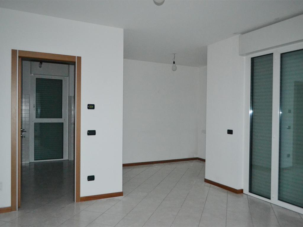 trilocale-affitto-vimercate-01