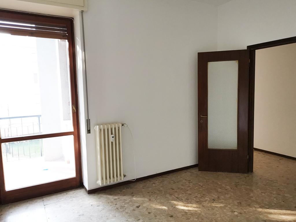 trilocale-affitto-vimercate-31