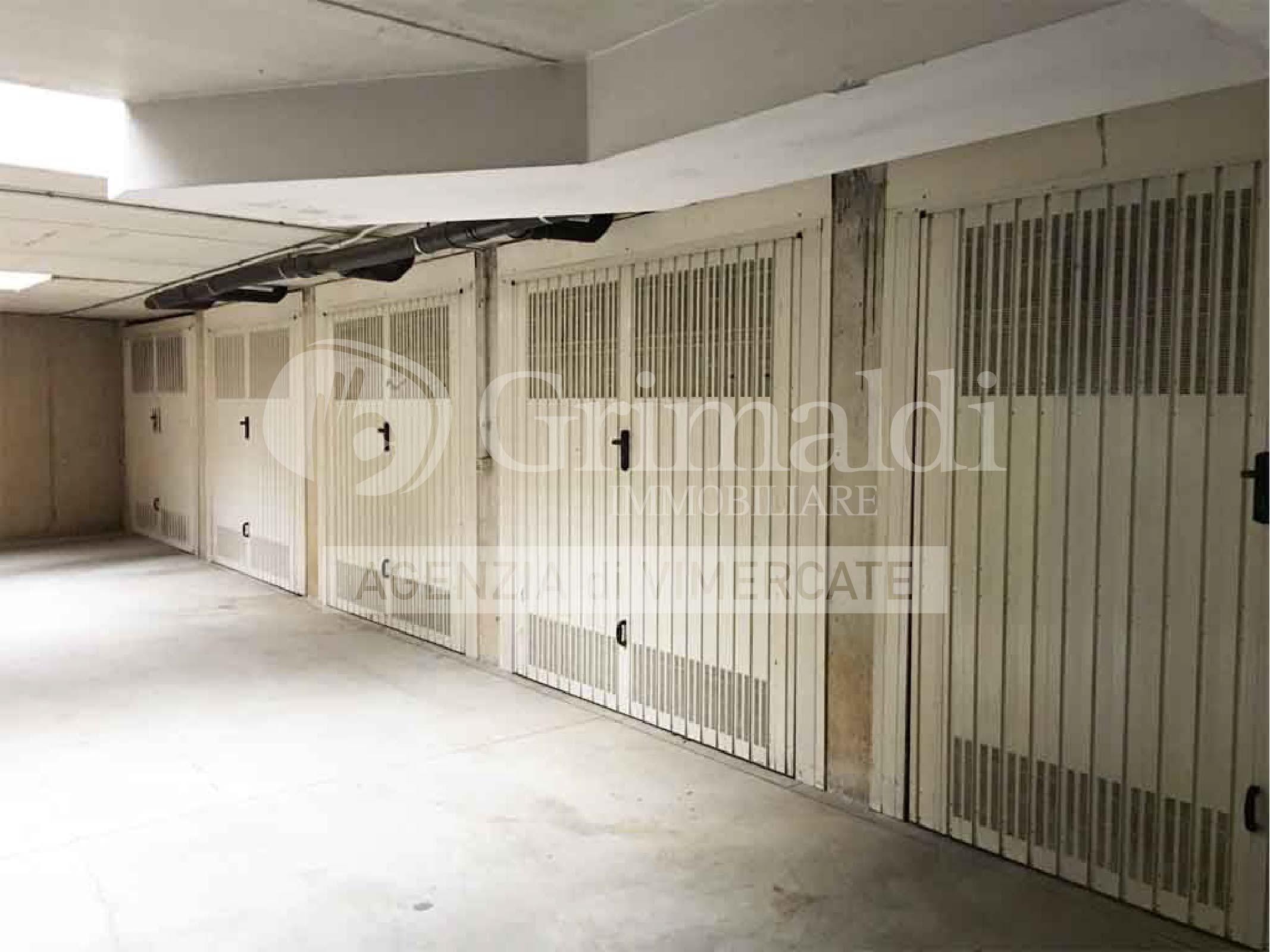 vendita-box-garage-doppio-burago-grimaldi-03