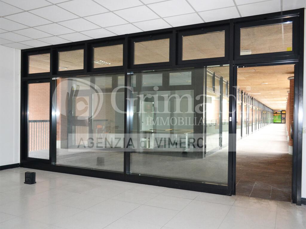 ufficio-negozio-vendita-vimercate-01