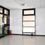 ufficio-negozio-vendita-vimercate-02